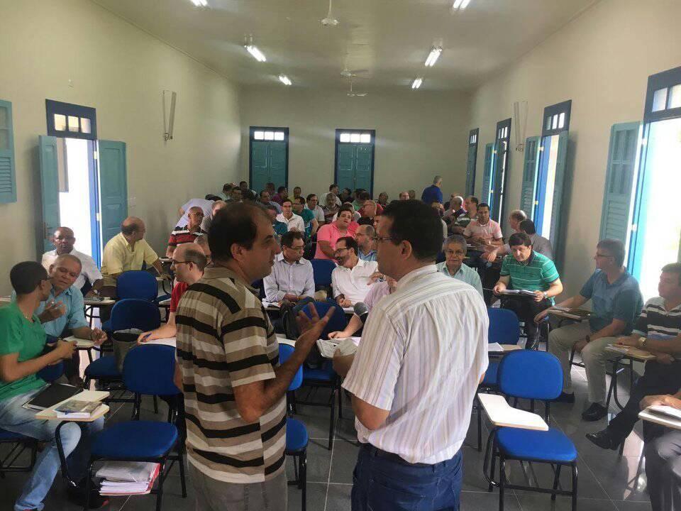 Reunião Geral do Clero manifesta apoio a Frei Gilberto