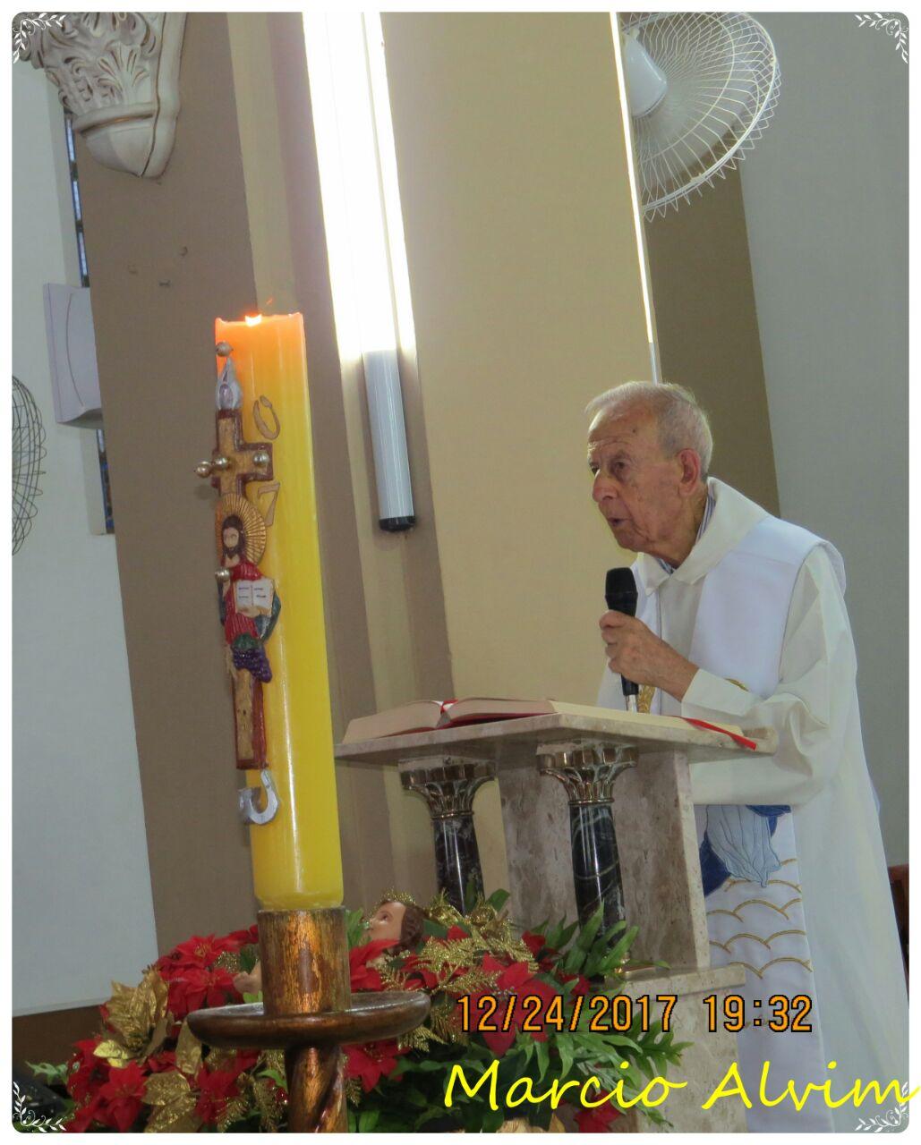 Dom José Eudes presidiu a missa da noite de natal, às 19h na Catedral São Sebastião