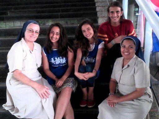 PEQUENAS IRMÃS DA DIVINA PROVIDÊNCIA Hospital São Vicente de Paulo, em Ubá
