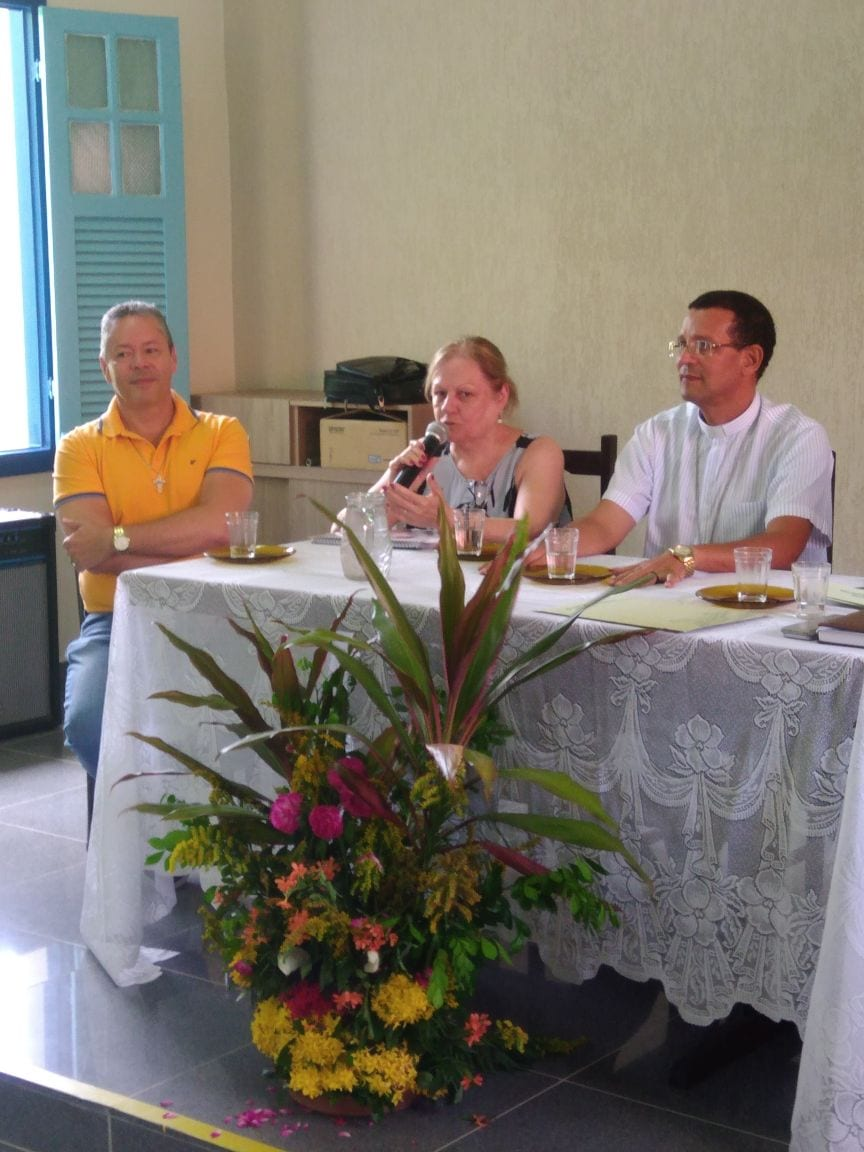 Assinatura do termo de cooperação entre Faculdade Dom Luciano e a Diocese de Leopoldina
