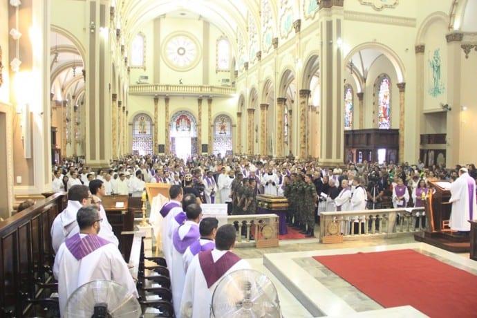 Dom Ricardo Pedro é enterrado na Cripta da Catedral Metropolitana de Pouso Alegre-Pe. Andrey Nicioli