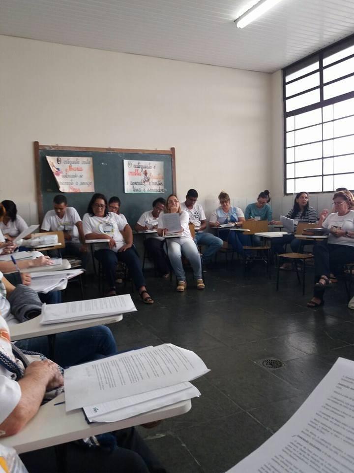 FORMAÇÃO PARA CATEQUISTAS NA FORANIA DE CATAGUASES