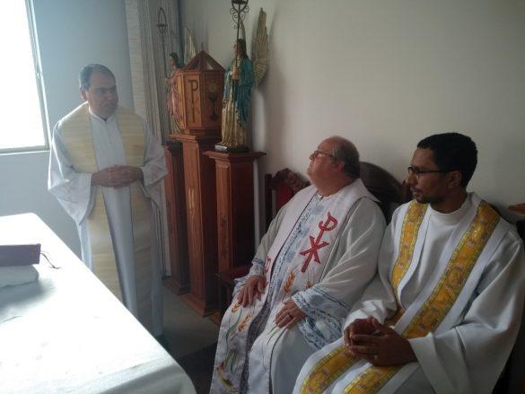 Vigário Geral e Representante dos Presbíteros visitam Seminário Maior
