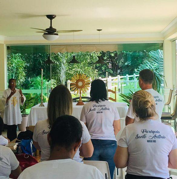 Retiro Anual dos Ministros Extraordinários da Sagrada Eucaristia da Paróquia Santo Antônio de Miraí