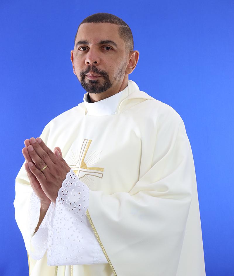 Valtenir Lima e Silva, pároco da Paróquia São José Operário de Leopoldina