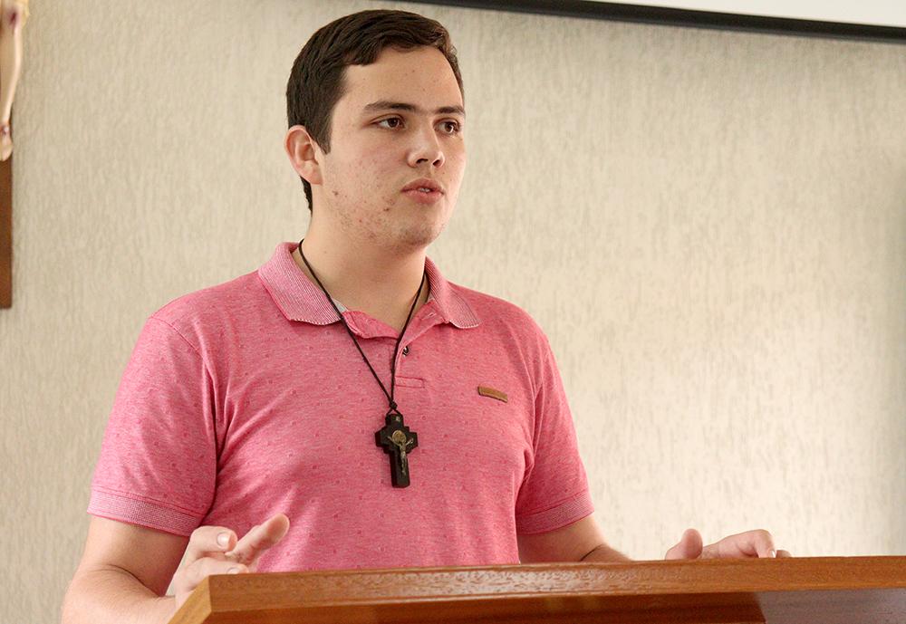 O seminarista João Pedro Mançõr Rodrigues