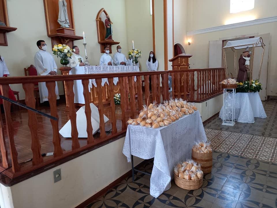 Paróquia Santo Antônio, Distrito de Tebas – Leopoldina (MG)
