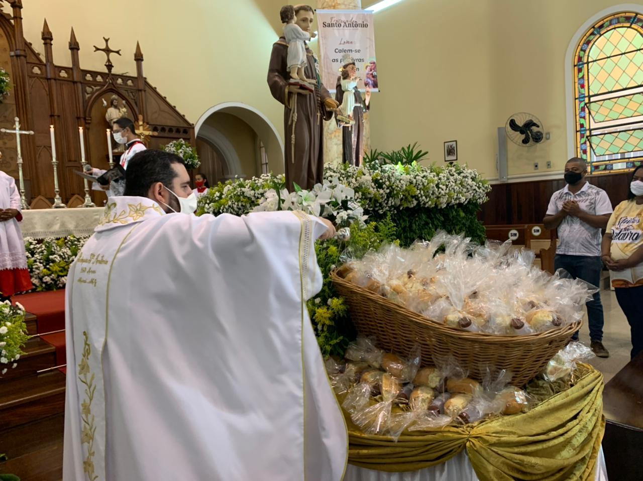 Paróquia Santo Antônio, Miraí (MG).