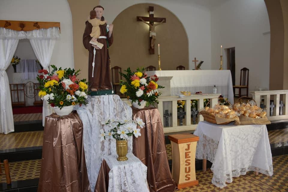 Paróquia Santo Antônio, Distrito de Belisário – Muriaé (MG). Fotos Vicente Balbino