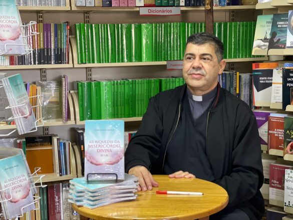 Dom Edson e representantes do clero são acolhidos no Santuário Nacional de Aparecida
