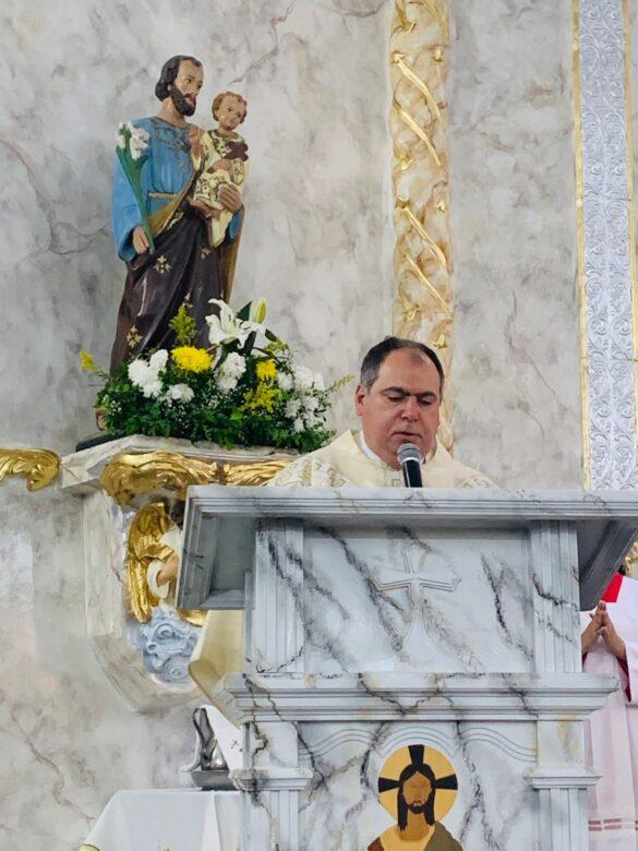 Paróquia Nossa Senhora da Consolação de Além Paraíba celebra sua padroeira.